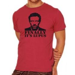 Мъжка тениска с лика на Д-р Хаус и надпис на английски Най-накрая ,Лупус е